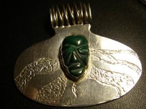 """Afrikanen"" ansikte i greenstone Pris: 1.200:-"