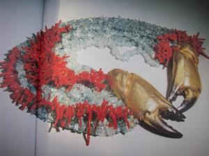 Kristian Nilssons halssmycke Krabbklor i förgyllt silver och 12 rader akvamariner och koraller