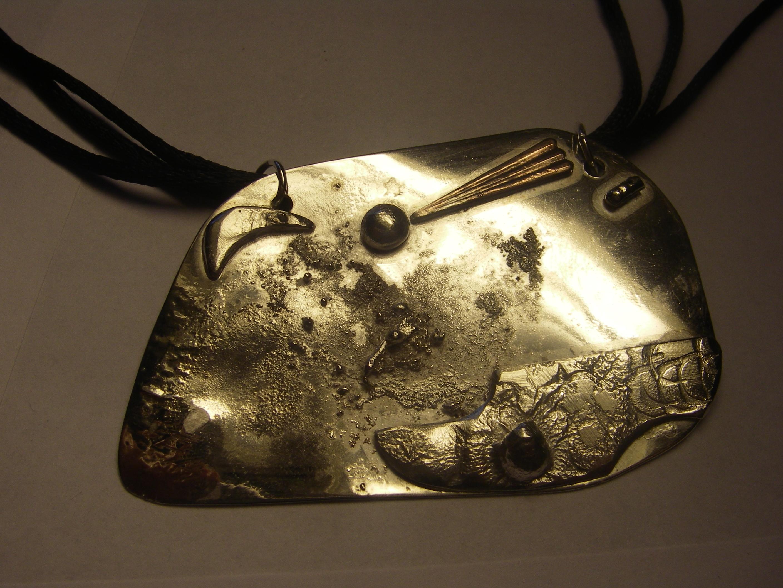 """Egentillverkat silverhänge """"jorden"""""""