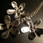 Silversmycken Blommor