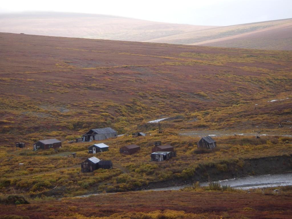 Så här mycket mark och övergivna hus har vi i Sverige också. Så kom igen nu. Ge plats till alla som behöver tak över huvudet ni som har plats över