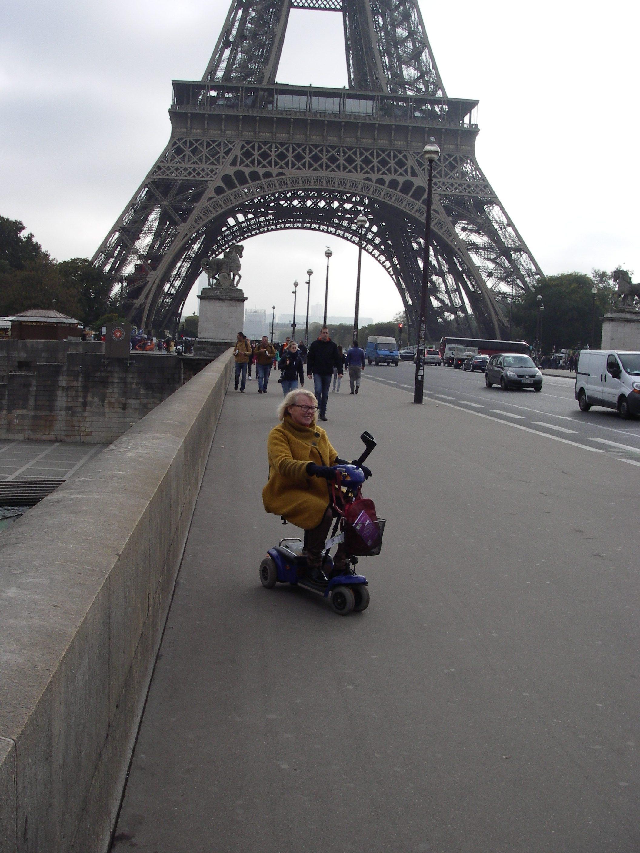På promenad i området runt Eiffeltornet
