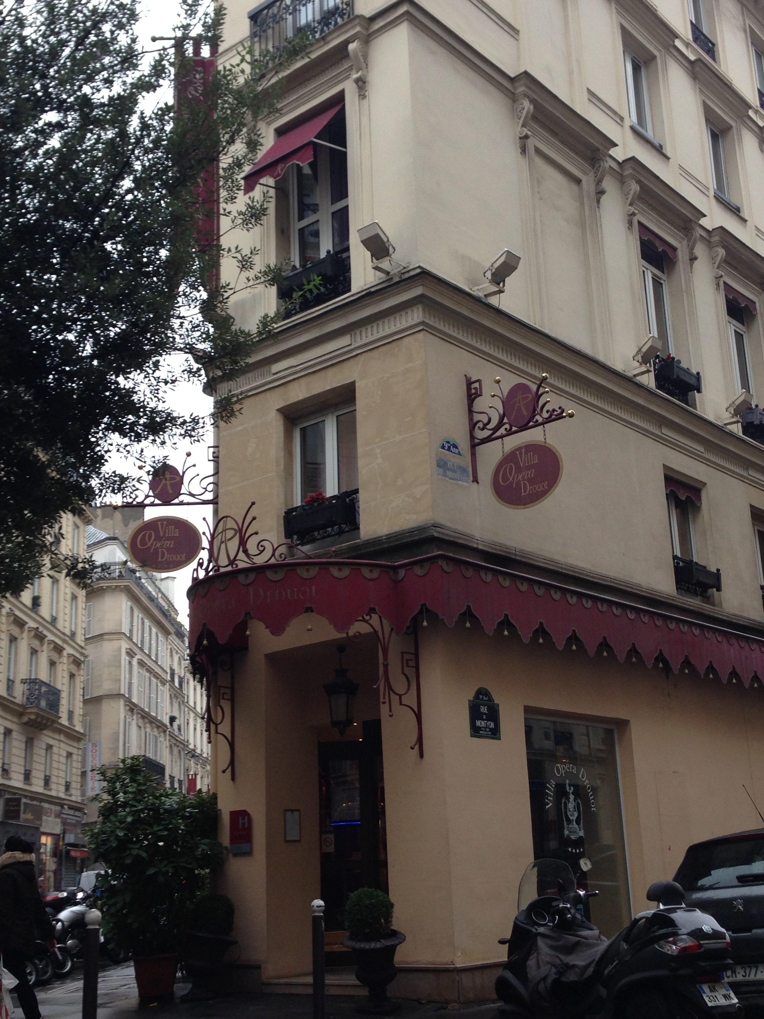 Hotell Opera Villa Drouot som ligger i arrondissement 2 inte långt från Opera Garnier
