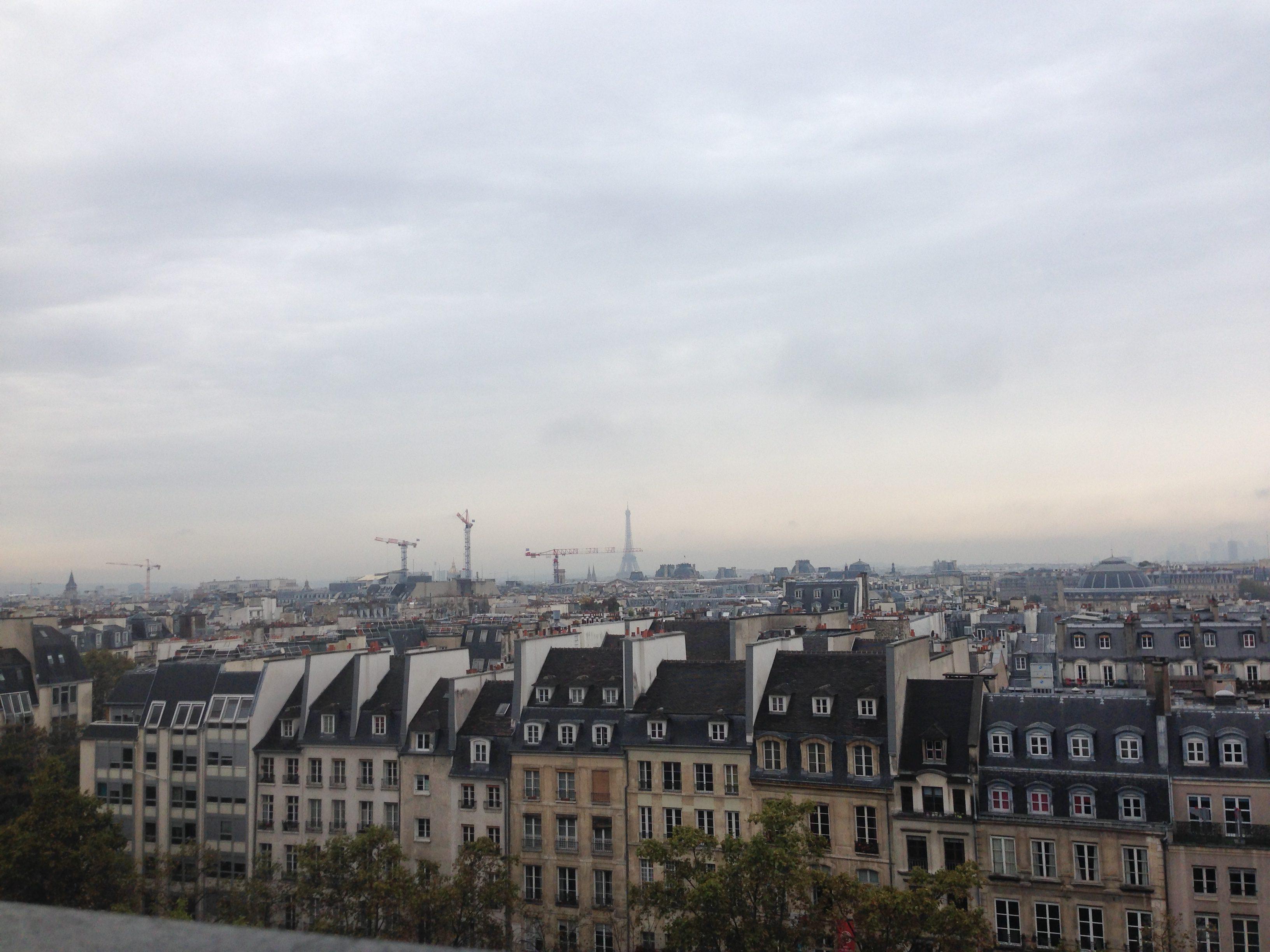 Utsikten från restaurang Georges vid Place Georges Pompido