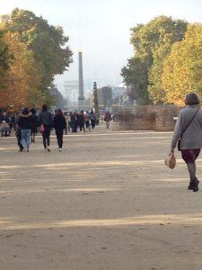 Tuilerierna med Concorden och Triumfbågen i bakgrunden