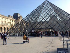 Louvrens ingångskupol